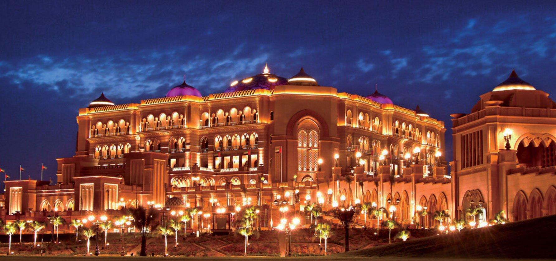 Emirates-Palace-_-Abu-Dhabi,-UAE-1
